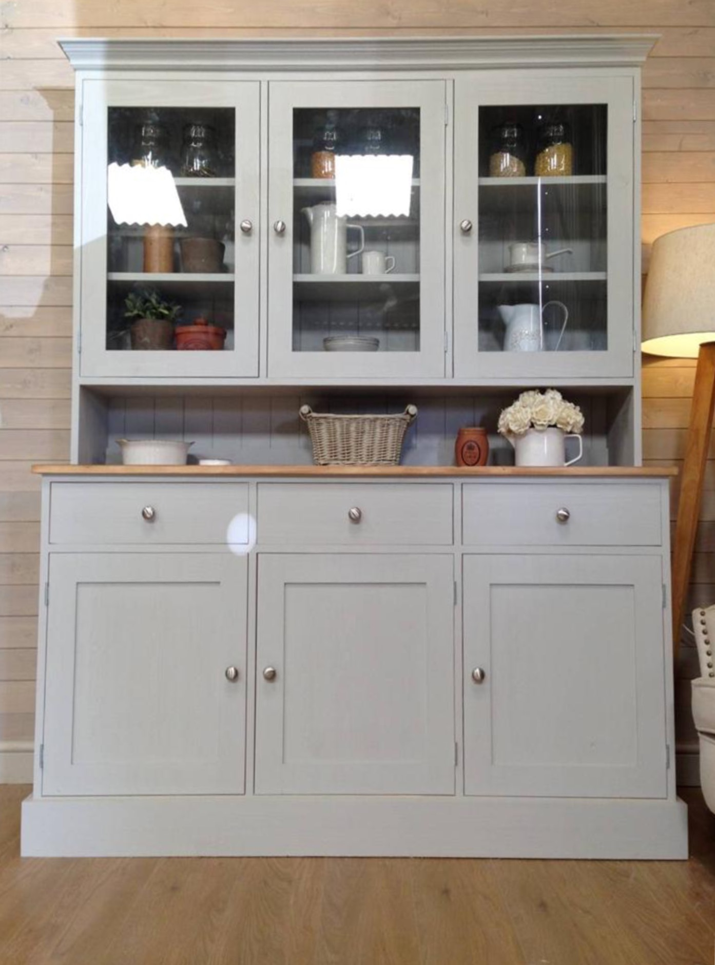 Kitchen Units And Cupboards