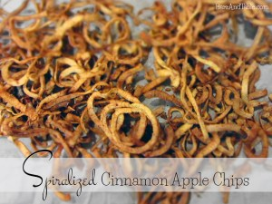 spiralized-cinnamon-apple-chips-