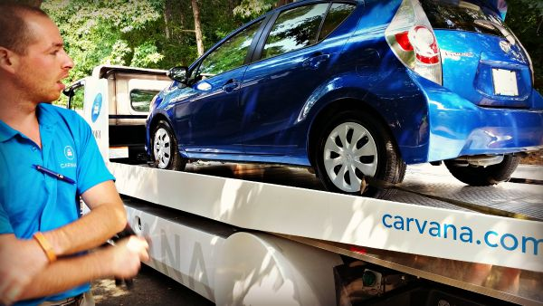 Carvana Delivery Guy