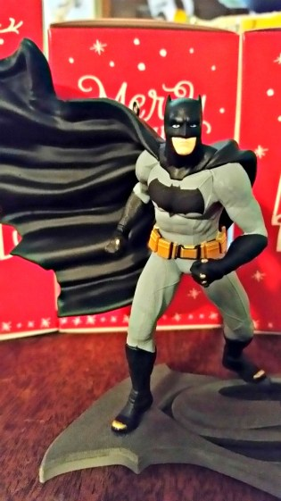 lovehallmark-keepsake-ornaments-2016-batman