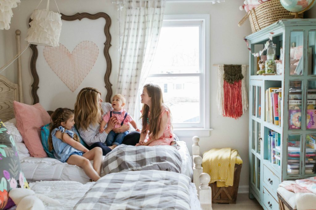 Nesting with Grace Home Decor Blogger