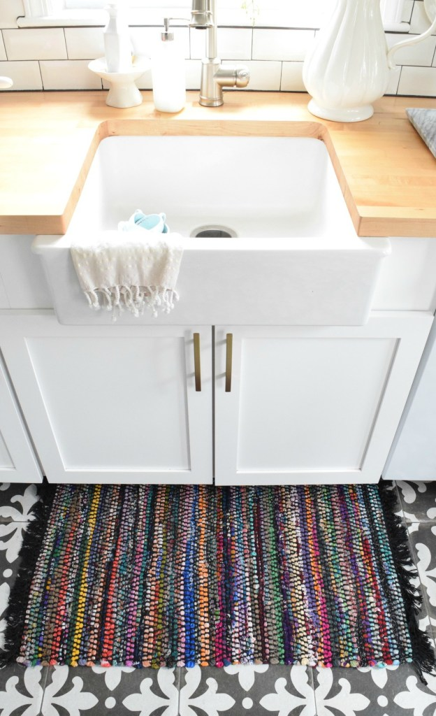 bohemian DIY rug turned pillow 1.jpg