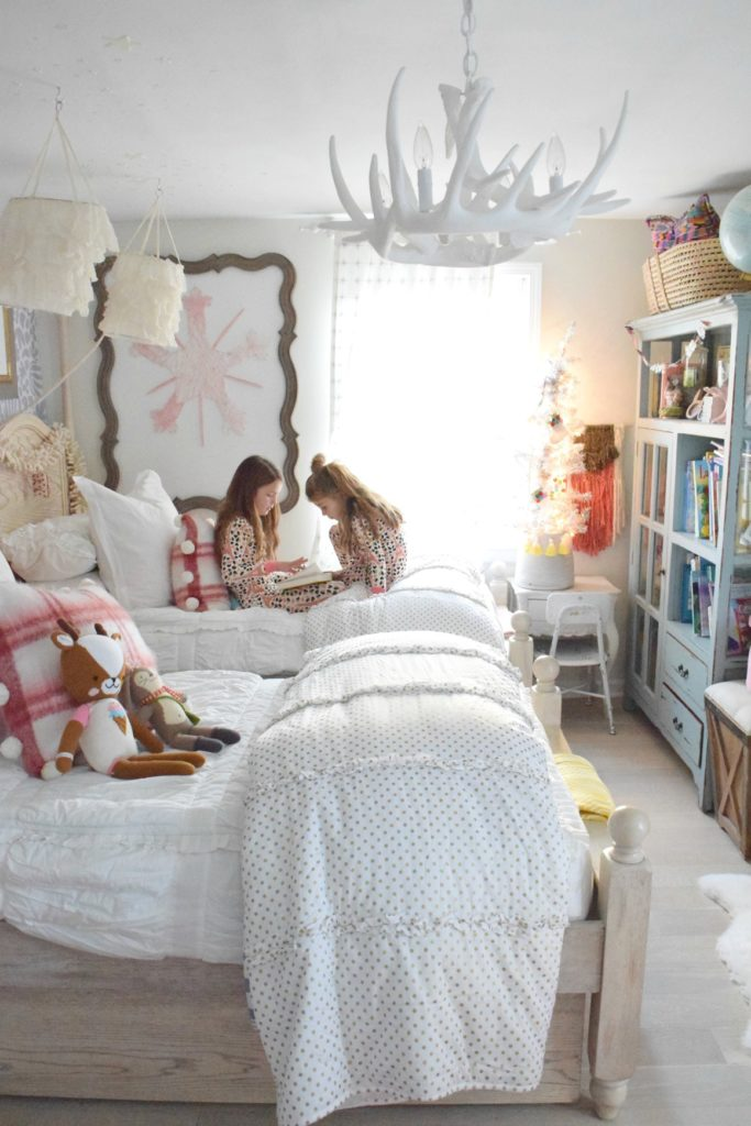 Christmas in our Little Girls Shared Bedroom