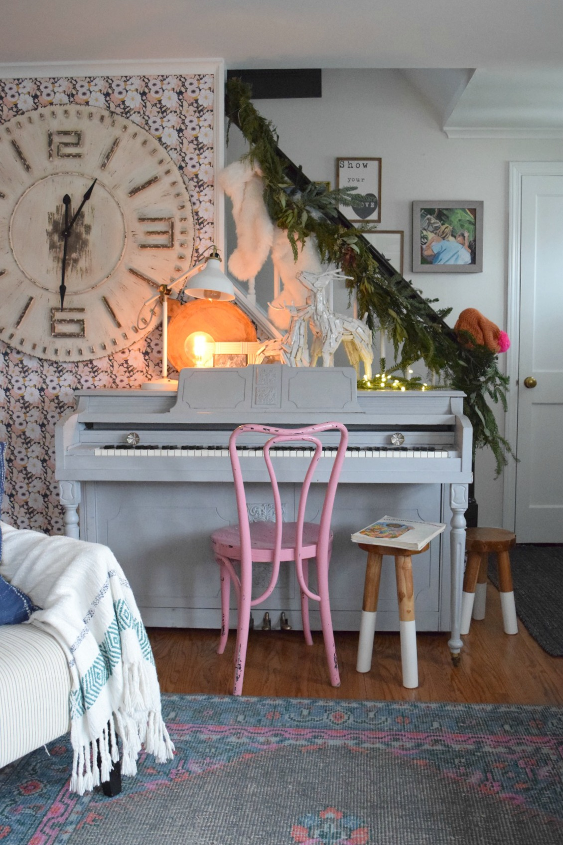 Chalk Painted Piano- DIY- 10 Painted Piano Ideas