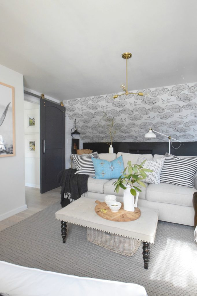 Wallpaper Accent Wall- Tips on Installing Wallpaper
