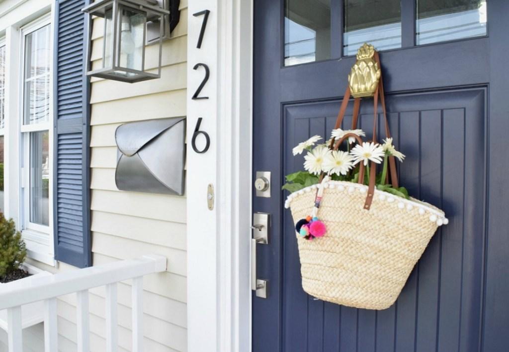 Front Porch Ideas for Summer- Front Door Wreath Idea