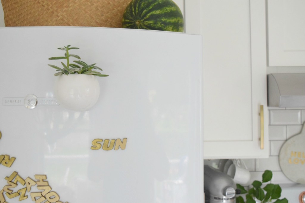 Summer Home Tour- Bright White Kitchen for Summer