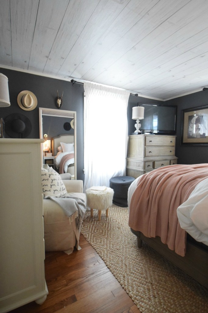 Summer Home Tour- Master Bedroom and Family Room