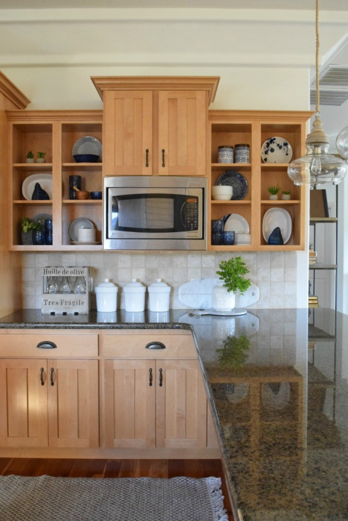 Kitchen Cabinets Update- Simple Ways to Update a Dated Kitchen