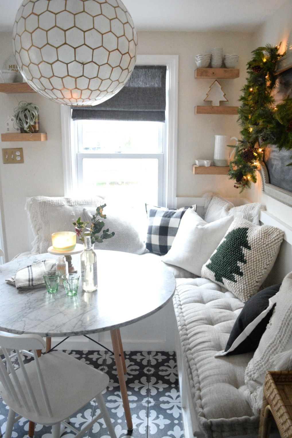 Christmas Ideas in a Small Space- Holiday Housewalk- Main Floor ...