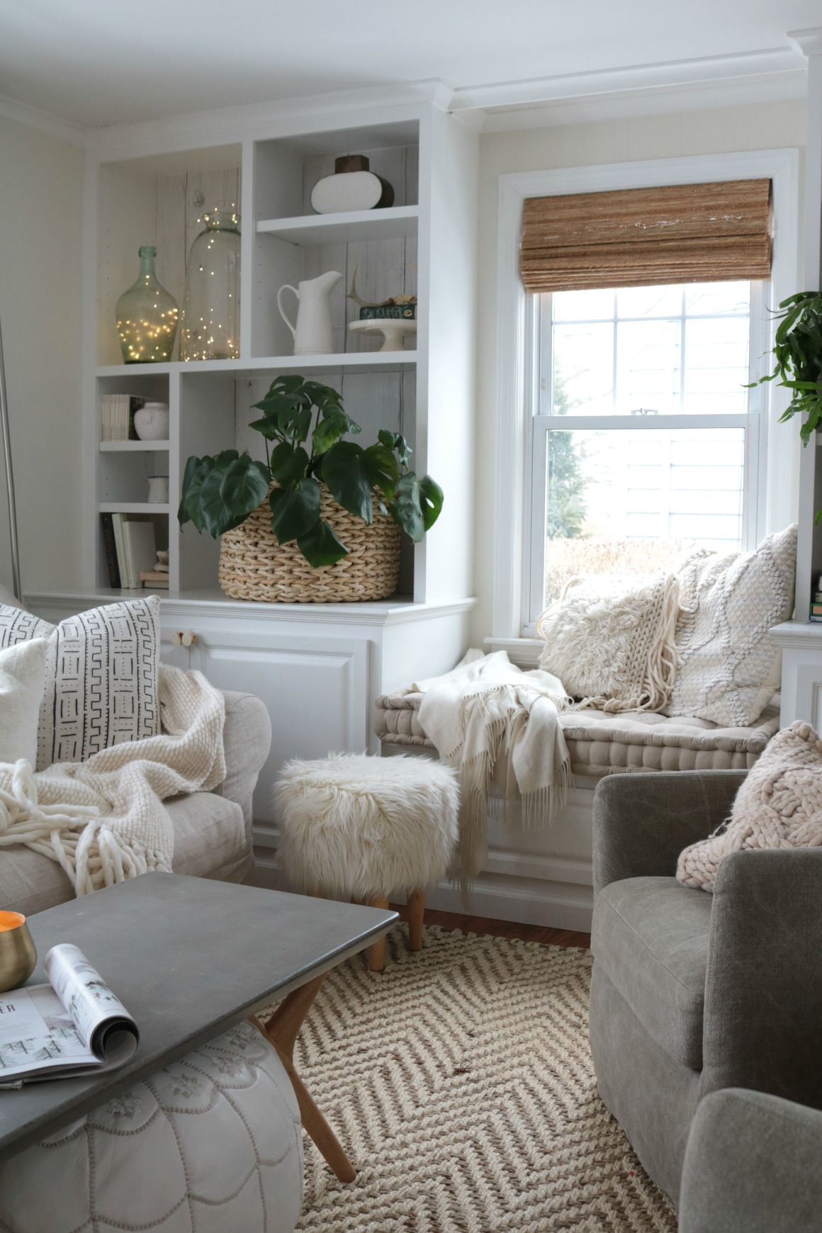 \How to Have a Cozy Home- 4 Simple Tips!