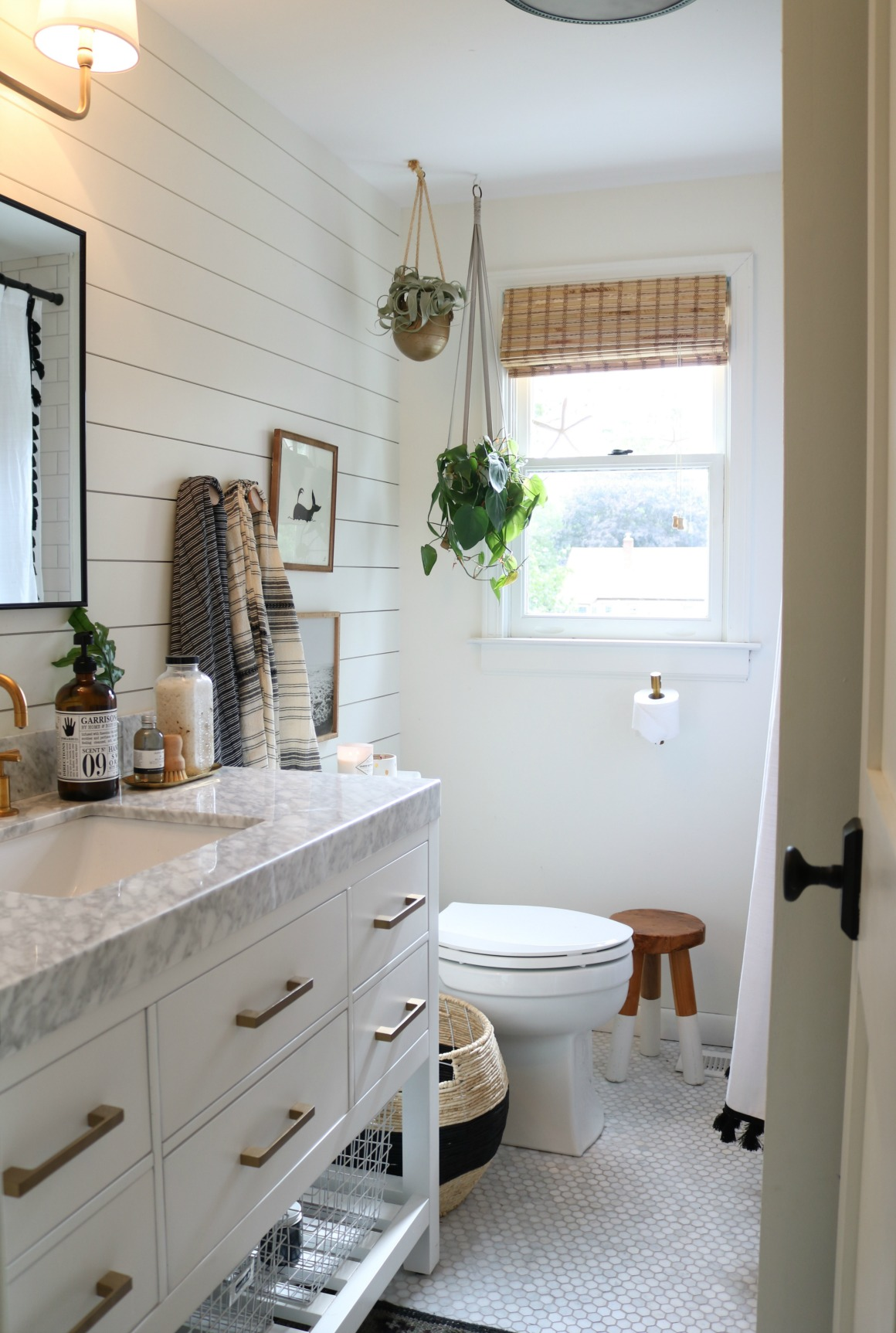 Bathroom accessories and accent table