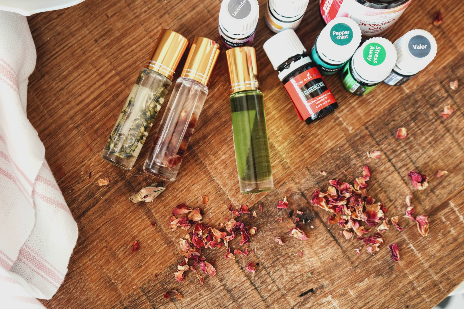 Essential Oil, Roller Bottle Recipes , Nesting With Grace
