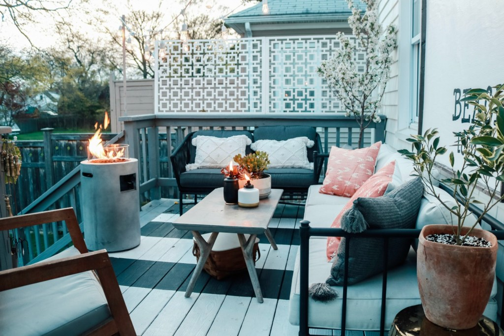 7 Things Every Backyard Needs!