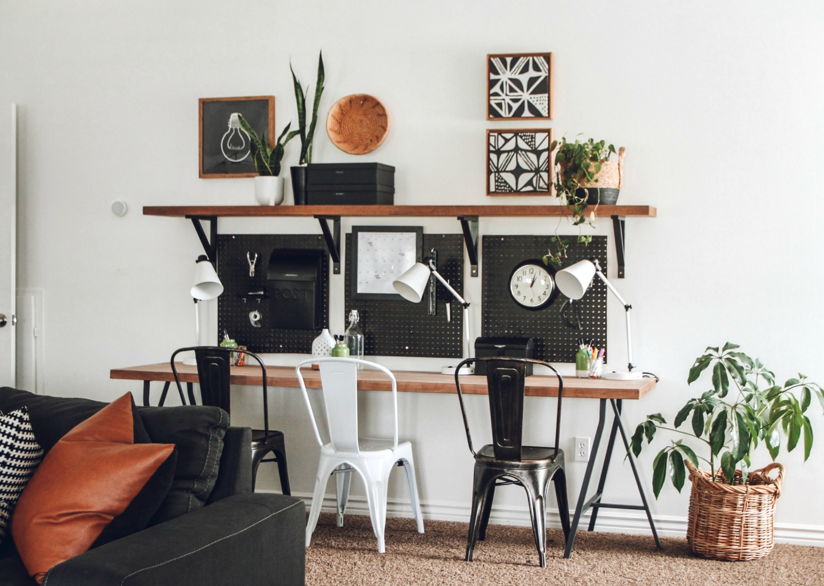 Home Office Space- Back to school- desk space- small spaces 872