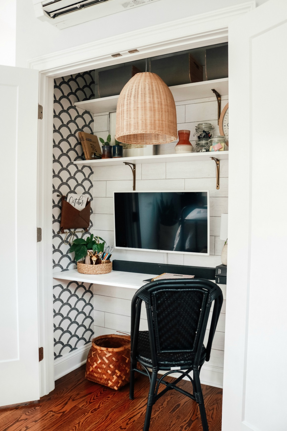 """Cloffice"" Closet turned into an Office- Small Space Hack"