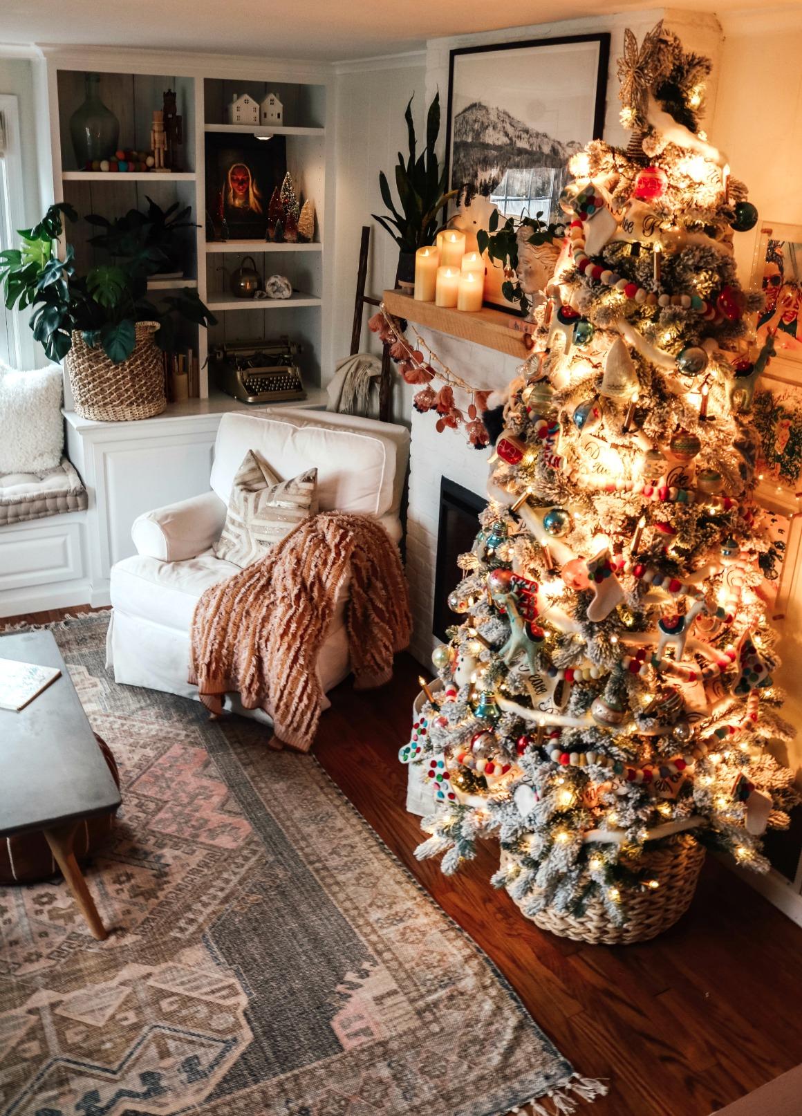 Christmas Decor- Vintage and Pink