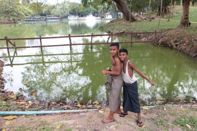 2 boys next to Kandawgyi lake in Yangon