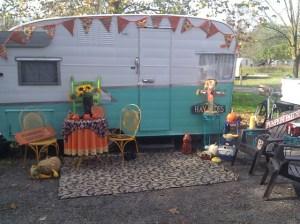Vintage camper eye candy