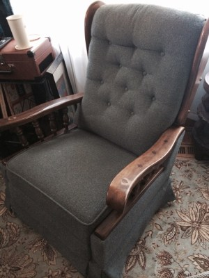 DIY project: help me reupholster this vintage La-Z-Boy recliner
