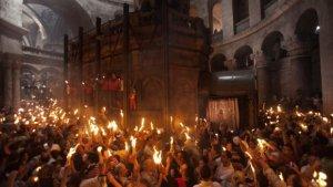 Jerusalim-ceremonija-Svetog-ognja-5-620x350