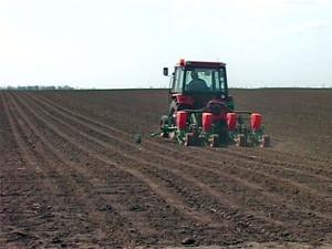 10611-traktor-setva1