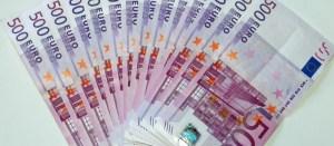 euro_banknotes