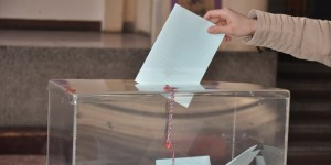izbori-glasanje-glasaci-kutija_660x330