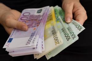 Novac-evri