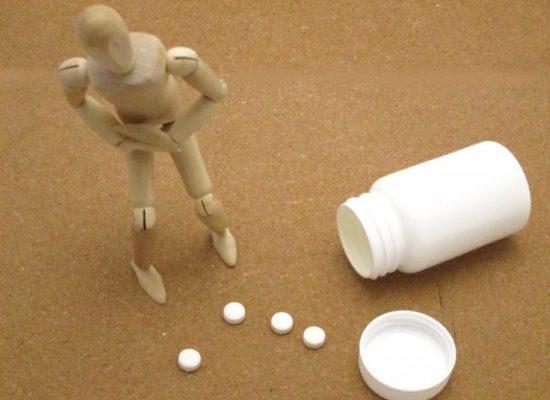 お腹が張るのは病気?おなら止め薬を服薬しても駄目な理由