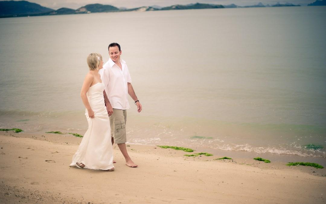 DESTINATION WEDDING AT THE VILLAGE COCONUT ISLAND IN PHUKET THAILAND   งานแต่งงานที่เดอะวิลเลจโคโคนัทไอส์แลนด์รีสอร์ทภูเก็ต
