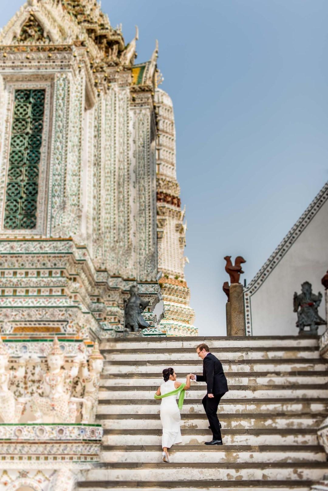 Bangkok Wedding Photography | Wat Arun Ratchawararam Ratchawaramahawihan Engagement Session