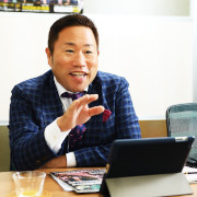吉村心太郎氏・つなぐ-en-システム代表取締役