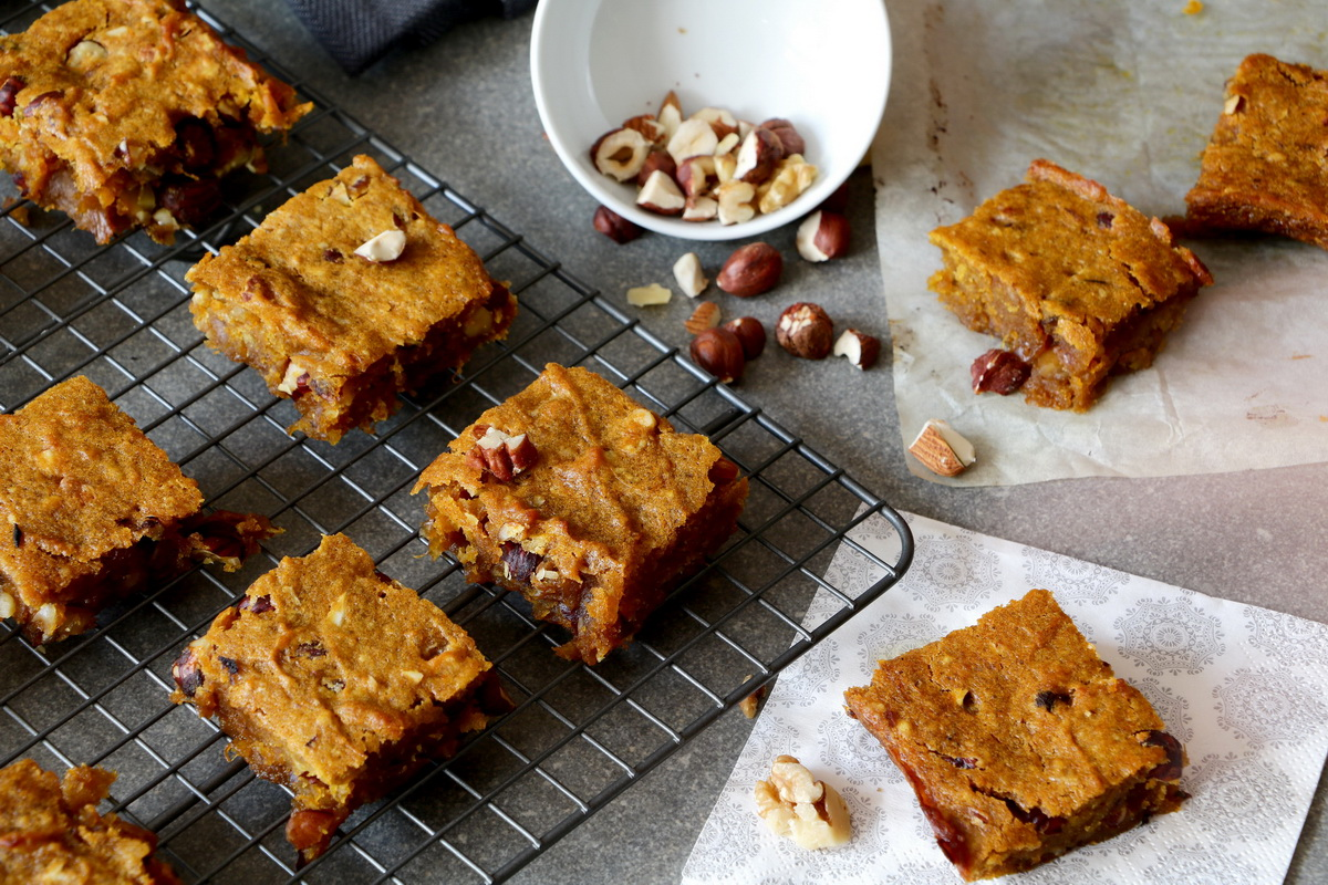 Delicious simple vegan pumpkin bars