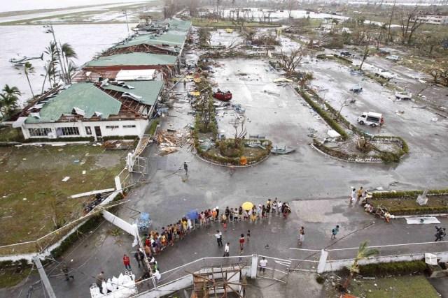 typhon-haiyan-philippines.17