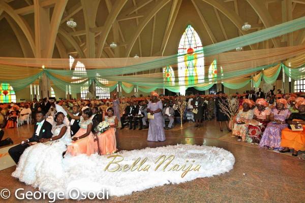 President-Goodluck-Jonathan-of-Nigeria-Daughters-Wedding-Faith-Sakwe-Elizabeth-Edward-Osim-Photography-by-George-Osodi-BellaNaija-Weddings-012-600x400