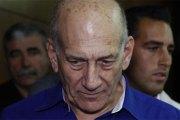 Israël: l'ancien Premier ministre Ehud Olmert en prison