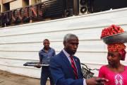 L'Ambassadeur et la vendeuse de fraises