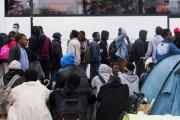 Suède: Deux réfugiés mineurs forcés de coucher avec la directrice du centre d'accueil