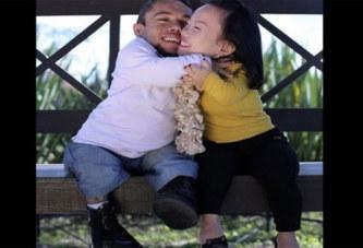 Le couple le plus court au monde se fiance 8 ans après leur rencontre: PHOTOS