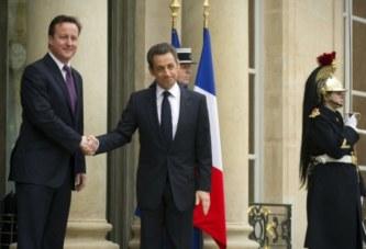 «Cameron et Sarkozy savaient ce qu'ils voulaient: se débarrasser de Kadhafi»