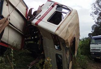 Axe Bobo – Ouaga : un camion tombé, la circulation bloquée