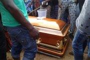 Côte d'Ivoire: Aboisso : Une défunte oblige les porteurs de son cercueil à aller chercher ses enfants avant de se laisser inhumer