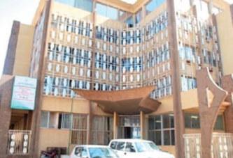 Ministère de La Fonction Publique : Suspicions de favoritisme dans une annulation d'appel d'offres