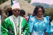 En Ouganda, le roi Mumbere a été inculpé de meurtre par la cour de justice de Jinja