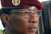 Colonel Auguste Denise BARRY: Il se déshabille, ...dit-on