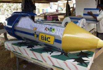 Ghana, des cercueils selon le métier ou la vie du défunt