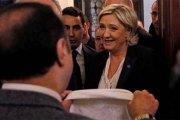 Marine Le Pen refuse de porter le voile au Liban