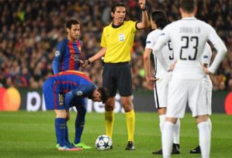 Ligue des Champions: le responsable de l'arbitrage de l'UEFA n'aurait pas apprécié l'arbitrage de Barça-PSG
