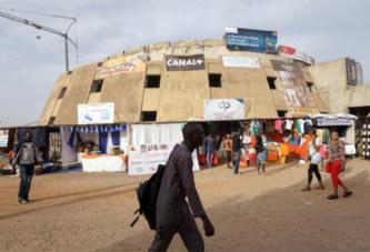 À Ouagadougou, le bâtiment maudit du Fespaco